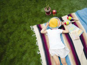 【屋上庭園の楽しみ方②】空を見上げる時間。空をひとり占めできる贅沢。(屋上)