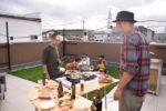 【屋上庭園の楽しみ方】心地よい空気を感じながら、家族や仲間と屋上パーティが楽しめます。(屋上)