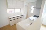 【キッチン】キッチンとお揃いの吊り戸&ローボード付